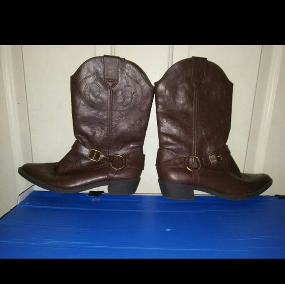 Shoes   Kohls Brown Cowboy Boots   Poshmark